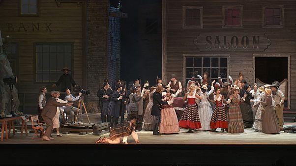 Szerelmi bájital: Villazón vakmerő Donizetti-rendezése Lipcsében