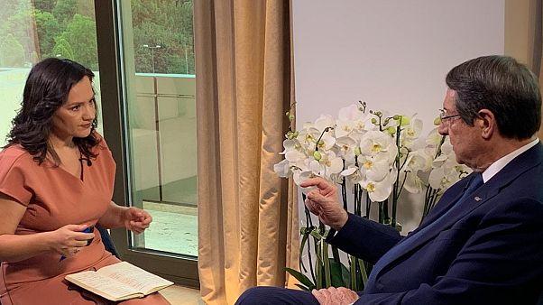 Νίκος Αναστασιάδης στο euronews: «Ο ταραξίας πρέπει να συμμορφωθεί»