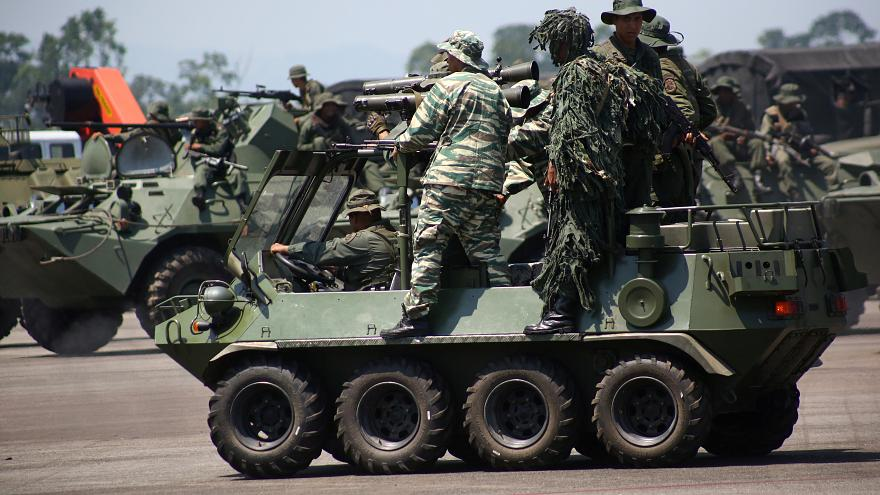 Venezuela inicia maniobras militares en la frontera con Colombia