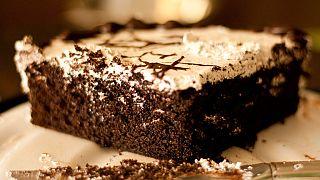 New York'taki pastane çalışanı 90 bin dolarlık kek çalıp karaborsada sattı