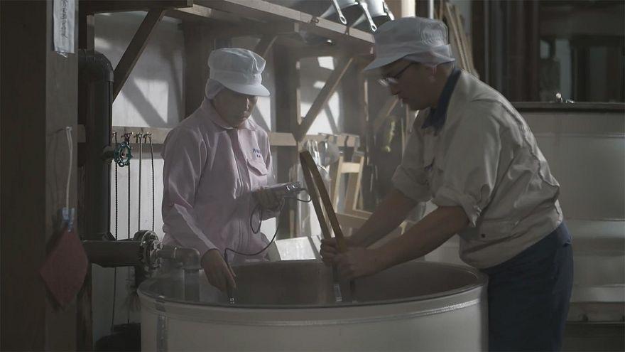 Suivez étape par étape les secrets de la fabrication du Saké