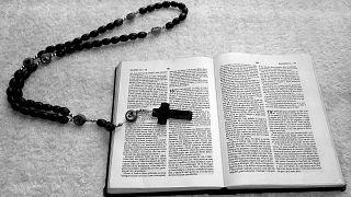"""الحكم على أحد أتباع شهود يهوه بالسجن سبع سنوات ونصف بسبب """"التطرّف"""" في طاجيكستان"""