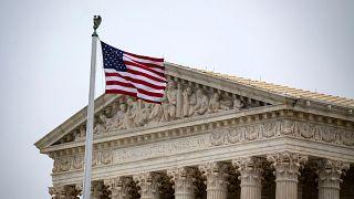 المحكمة الأمريكية العليا تصادق على قيود ترامب على حق اللجوء