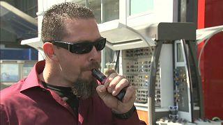 Trump yönetimi aromalı e-sigaraları yasaklamaya hazırlanıyor