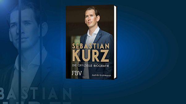 """""""Wie ein Groschenroman"""": """"Schwülstige"""" Kurz-Biografie erntet Spott"""