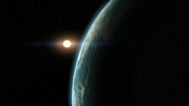 سابقة: علماء يكتشفون آثار مياه في الغلاف الجوي لكوكب خارج نظامنا الشمسي