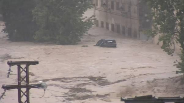Schwere Unwetter in Valencia: 200 l Regen pro Quadratmeter in 6 Stunden