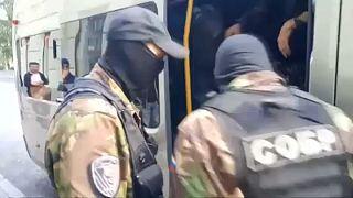 Rus polisi, muhalif lider Elexei Navalny taraftarlarının ev ve iş yerlerine baskın düzenledi