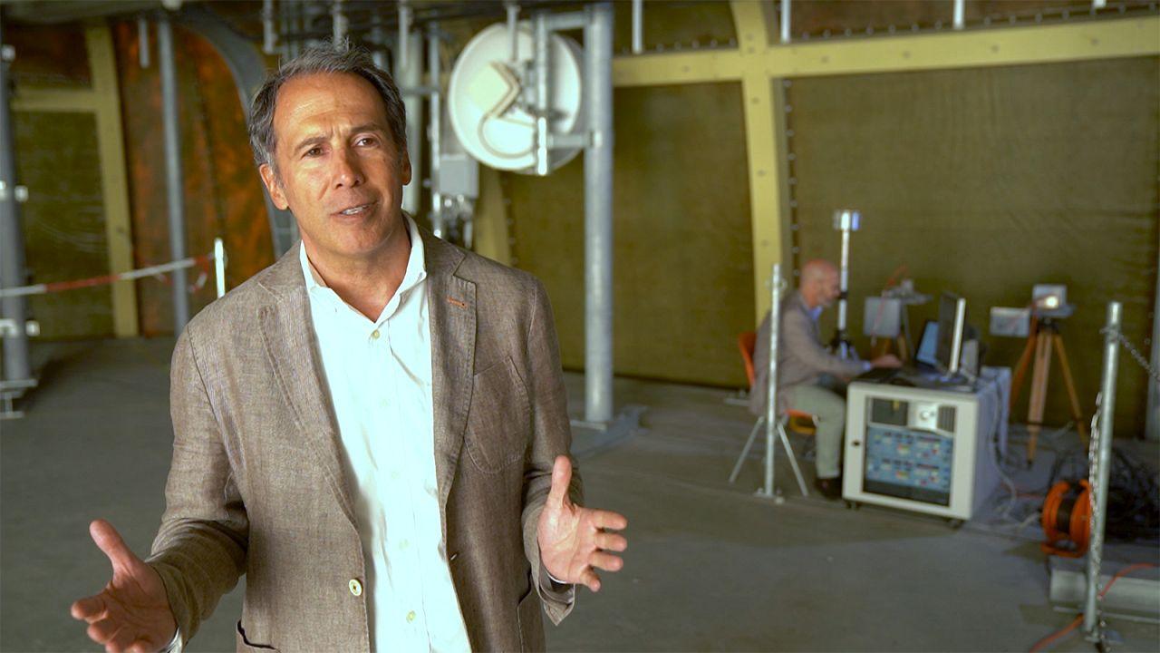 """Farhad Rachidi: """"Los rayos son como una enorme antena"""""""
