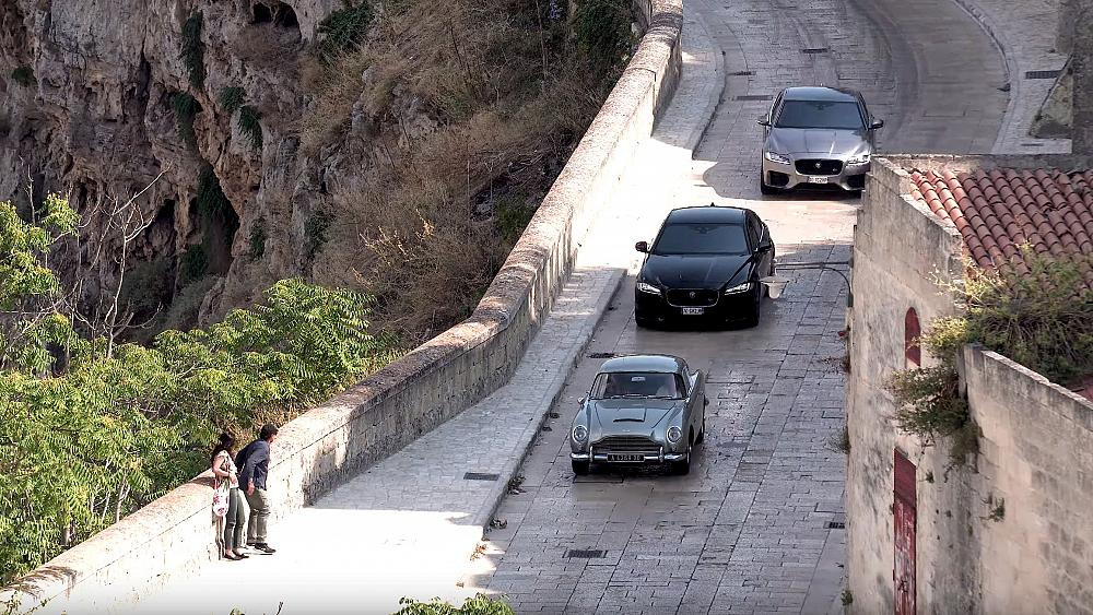 Car Chases And Stunts As New James Bond Film Is Shot In