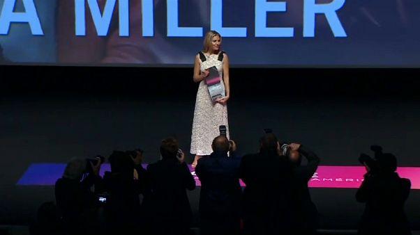 Sienna Miller récompensée au Festival du film américain de Deauville