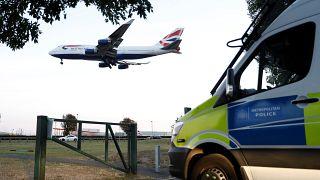 إلقاء القبض على شخصين للاشتباه بتخطيطهم لأعمال تخريبية في مطار هيثرو