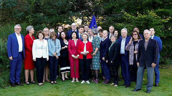 آیا اعضای کمیسیون اروپا نماینده گوناگونی ساکنان قاره سبز هستند؟