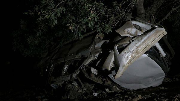 Diyarbakır'da sivillerin bulunduğu araca PKK tarafından el yapımı patlayıcı ile saldırı düzenlendi