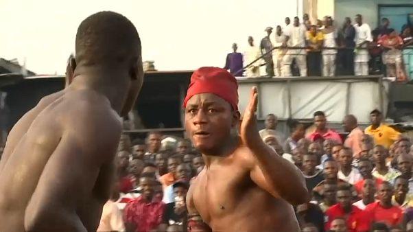 """شاهد: مساع في نيجيريا للارتقاء برياضة """"دامبي"""" إحدى الفنون القتالية على مستوى عالمي"""