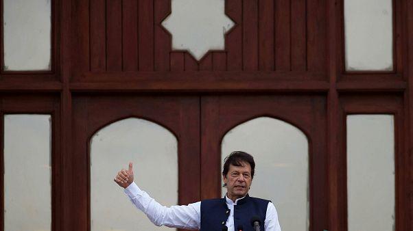 Pakistan Başbakanı İmran Han'dan Hindistan'a Keşmir eleştirisi: Hitler'le aynı çizgide yürüyorlar