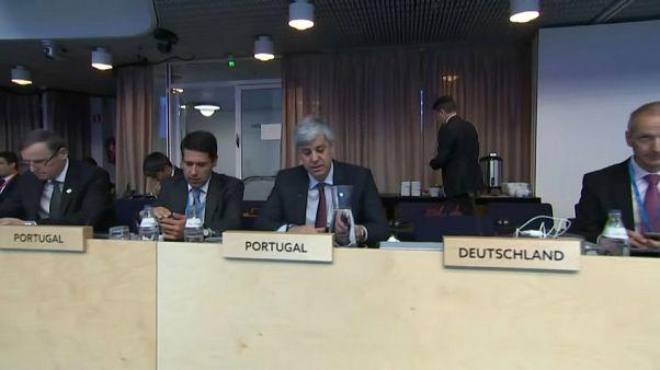 Bruxelas quer simplificar as regras orçamentais da UE