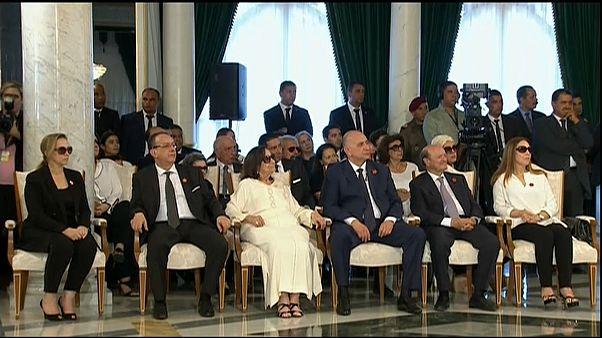 الشاذلية السبسي أرملة الرئيس الباجي قايد السبسي أثناء مراسم تشييع زوجها في العاصمة تونس يوليو-تموز 2019