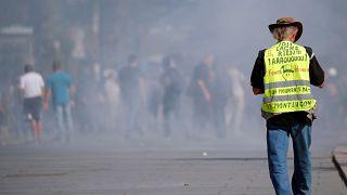 سلسة من الاعتقالات في صفوف محتجي السترات الصفراء في فرنسا