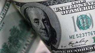 واکنش مثبت بازار ایران به حمله حوثیها؛ قیمت دلار کاهش یافت