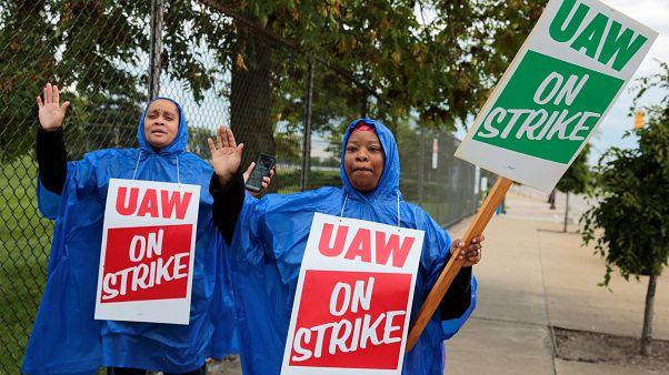 GM, scioperano i lavoratori degli stabilimenti Usa
