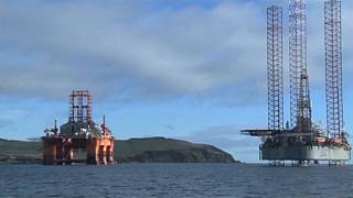 Envolée des cours du pétrole : quelles conséquences pour l'économie mondiale?
