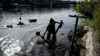 France: Volunteers in Lyon fish more than 100 e-scooters out of Rhône river