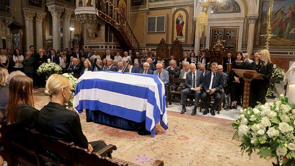 Η κηδεία του Αντώνη Λιβάνη