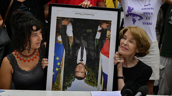 دادگاه فرانسه حکم داد: پایین کشیدن عکس ماکرون جرم نیست