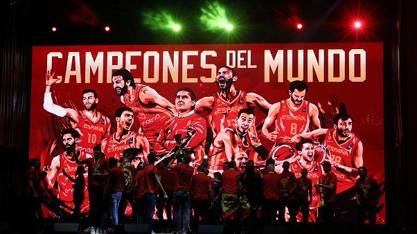 L'équipe espagnole de basket-ball, place Colon à Madrid, 16/09/2019