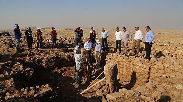 Şanlıurfa'da, Unesco Dünya Mirası Listesi'nde yer alan Göbeklitepe'deki yapılara benzeyen eserlere rastlandı