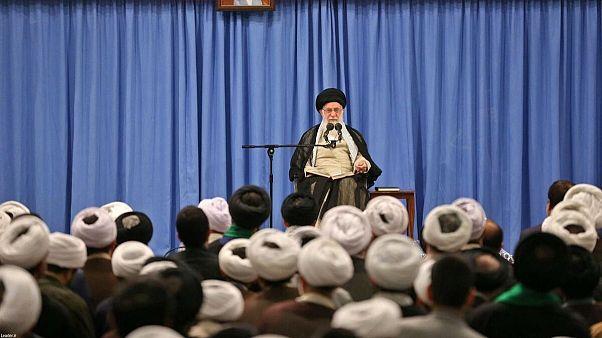علی خامنهای: هیچ مذاکرهای در هیچ سطحی با آمریکاییها اتفاق نخواهد افتاد