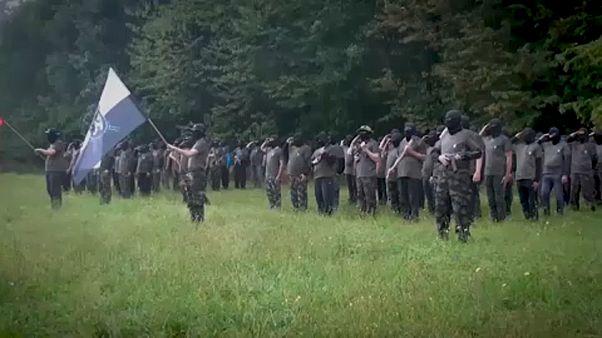 Los 'defensores del hogar' eslovenos, paramilitares en busca de migrantes