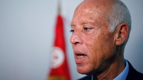قيس سعيد: التونسيون قاموا بثورة في إطار الدستور ووجهوا رسالة واضحة
