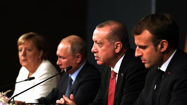 Paris ve Ankara arasında dörtlü Suriye konferansına kimin ev sahipliği yapacağı sorun oldu