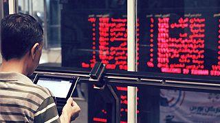 ادامه سقوط قیمت جهانی نفت؛ شاخص بورس تهران افت کرد