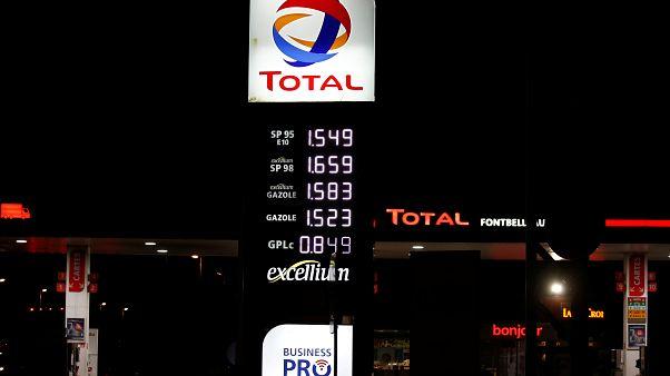 الهجوم على المنشئات النفطية السعودية يلقي بظلاله على أسعار الوقود بفرنسا ويغضب السترات الصفراء