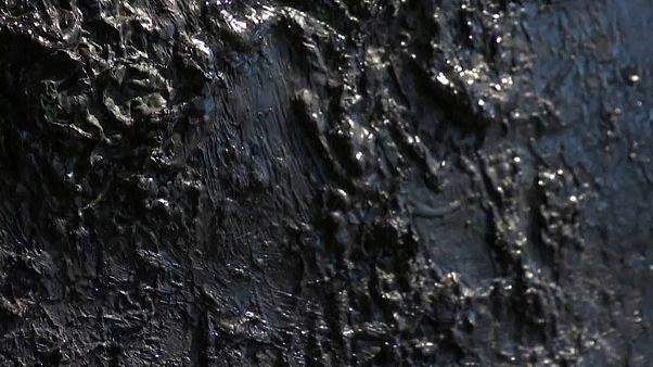 Nikolai Nasedkin, il pittore che usa il petrolio sulla tela