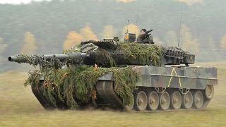 دبابة ليوبارد الألمانية