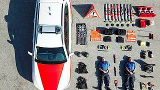 Fotoğraflarla Zürih polisinin başlattığı akım #TetrisChallenge