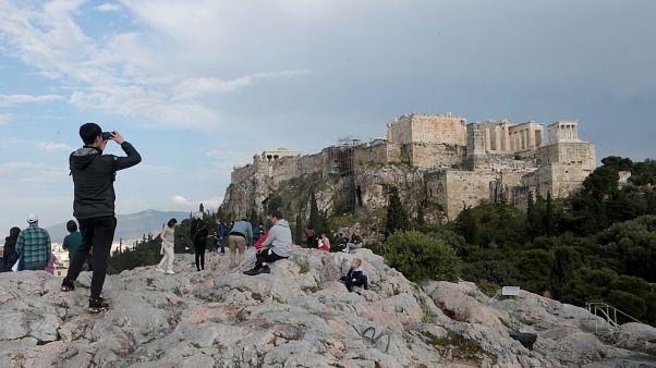 Τι θα γίνει με το αναβατόριο και την αντικεραυνική προστασία της Ακρόπολης;