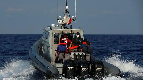 Среди средиземноморских мигрантов есть подозреваемые в терроризме — Интерпол