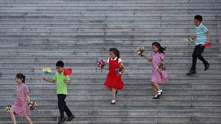 Továbbra is csökken a születések száma Kínában