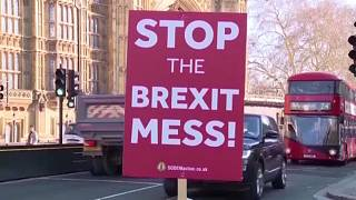 """Neue Brexit-Hektik: London schickt """"Papiere"""" nach Brüssel"""