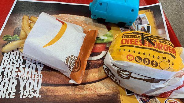 Nem adnak többé műanyag játékot a Burger Kingben a gyerekmenük mellé