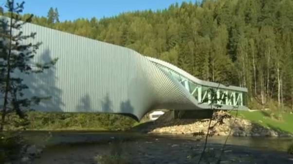 Νορβηγία: H στριφτή γέφυρα της τέχνης