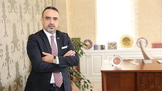 AK Parti'den istifa eden Cuma İçten Davutoğlu'nun A takımında mı?