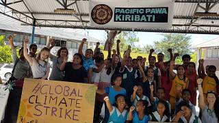 Klimademonstranten in Kiribati.