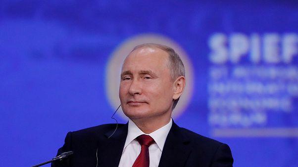 Budapestre jön Putyin október 30-án