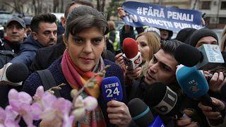 Laura Codruța Kövesi bukaresti nyomozati kihallgatásra érkezik 2019. februárjában